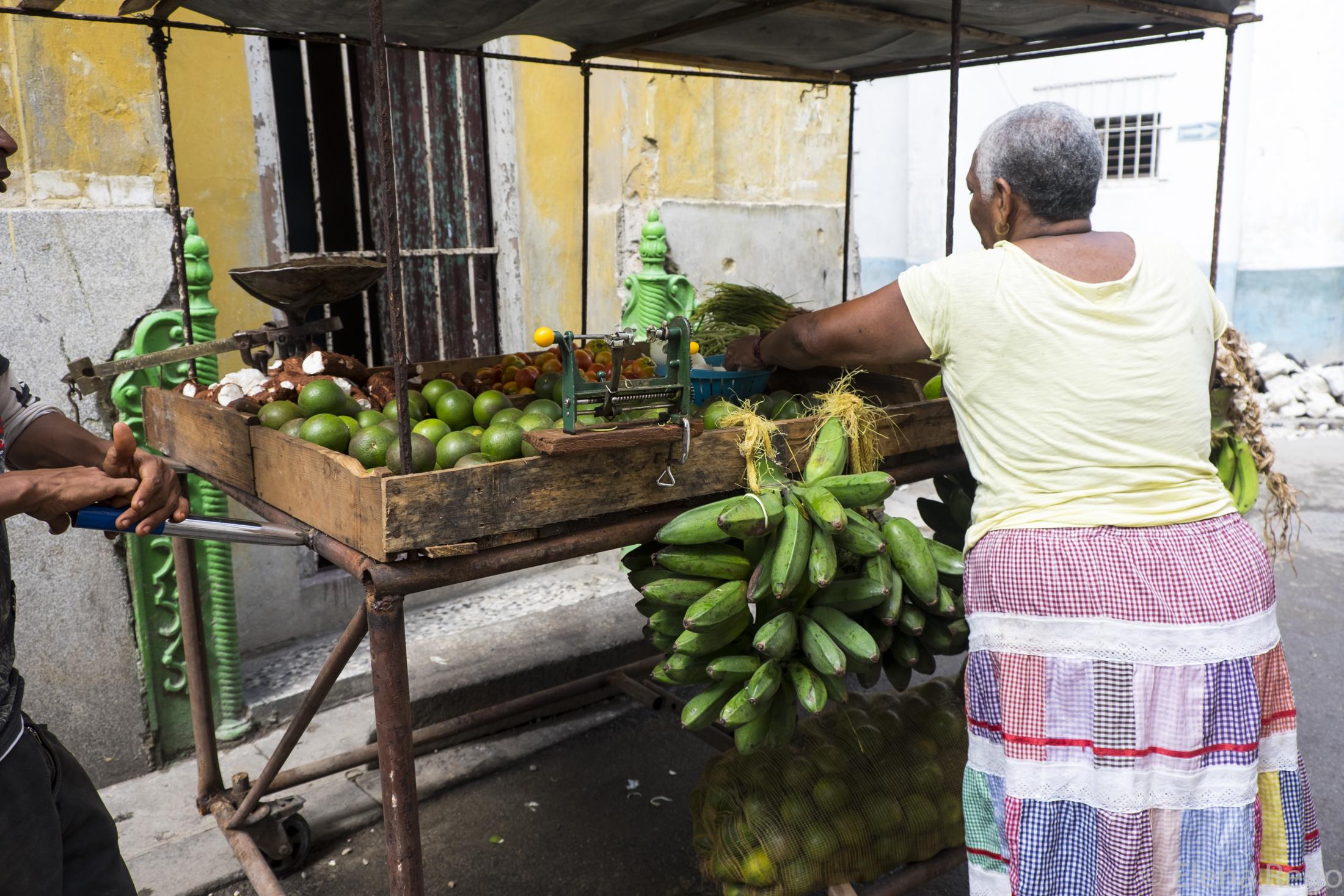Market Views of Cuba at FoodPractice.com